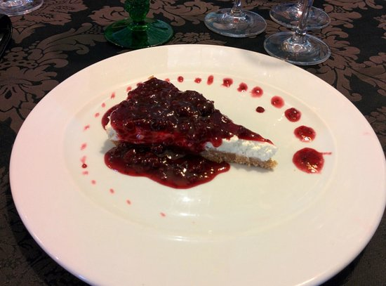 Casa Arouquesa : Strawberry Cheesecake