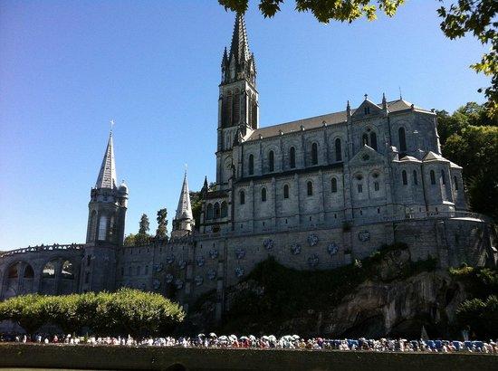 Sanctuaire Notre Dame de Lourdes : Lourdes