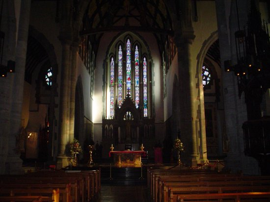 St. John's Cathedral: Cathedral Interior