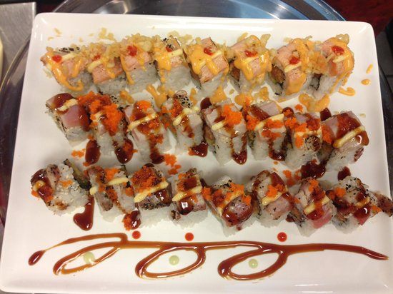 Hibachi Buffet and Sushi Bar: Tuna Lover and Red Roll