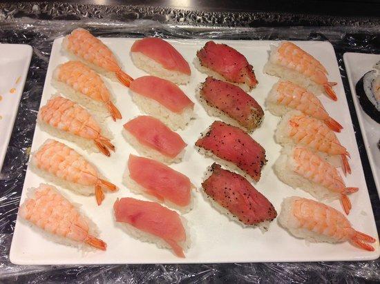 Hibachi Buffet and Sushi Bar: Sushi