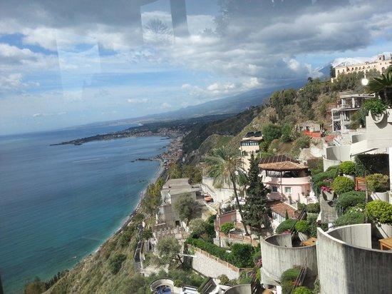 Monte Tauro Hotel: Vista do mar Egeu