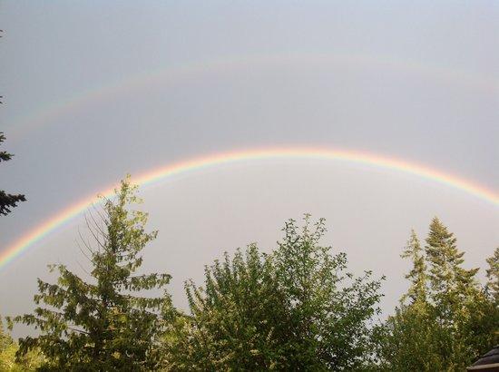 4 Beaches Bed & Breakfast: Double Rainbow