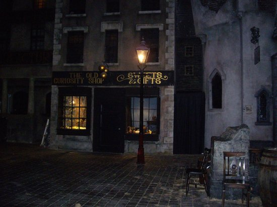 Dickens World: The Old Curiosity Shop