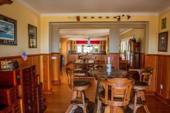 Hamakua Ranch House : Inside the main house.