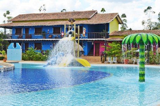 Hotel colonial la chamaquera valencia venezuela for Hoteles en valencia con piscina