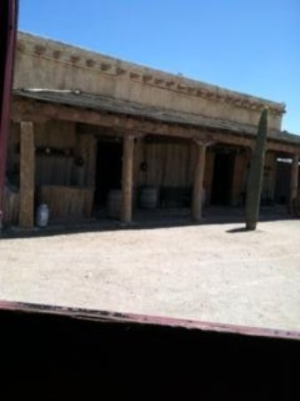 Old Tucson : old cantina