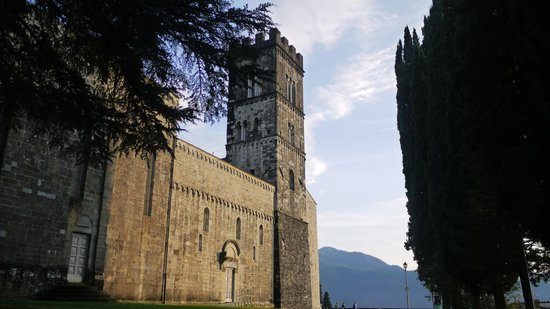Discover Lucca with Elena - Day Tour : Near Barga