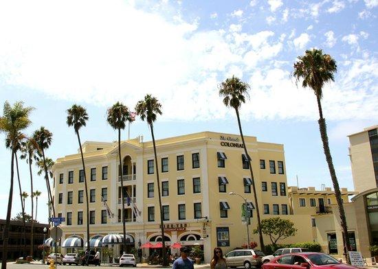 Grande Colonial La Jolla: Front of hotel
