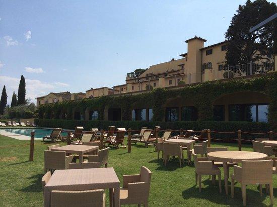 Castello del Nero Boutique Hotel & Spa: Pool and Spa area
