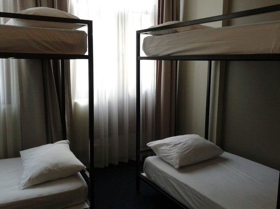 Cordial House Hotel: Bunk beds