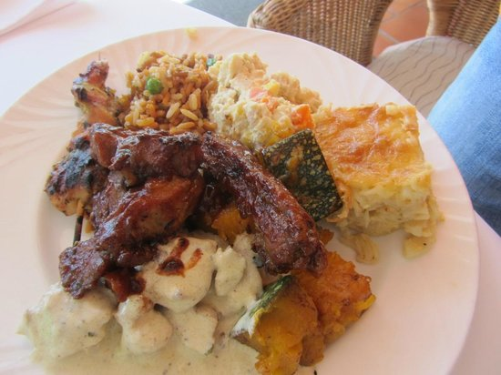 The French Verandah Restaurant: A full plate including chicken, fish & ribs!