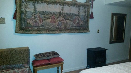 Eureka Springs Hideaway: The hideaway room so beautiful.