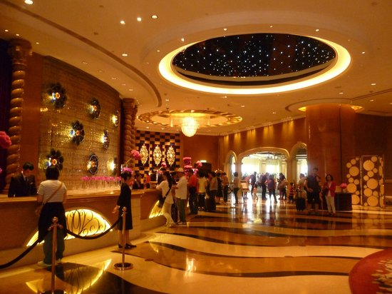 Sofitel Macau At Ponte 16 : Beautiful lobby