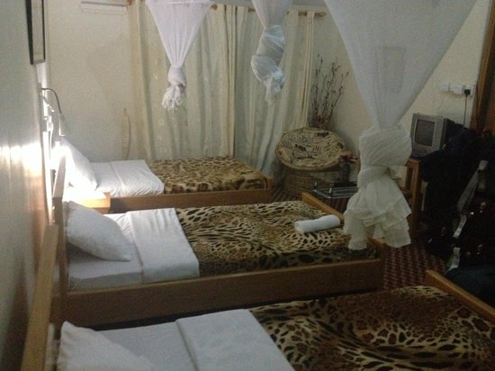 Sunset Entebbe: room