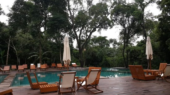 Loi Suites Iguazu: Great pool in the middle of the jungle