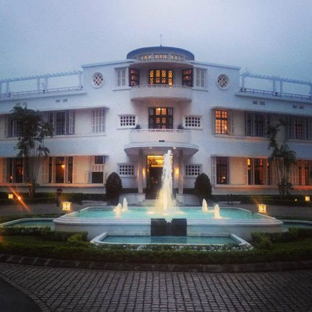 La Residence Hue Hotel & Spa: Arrival