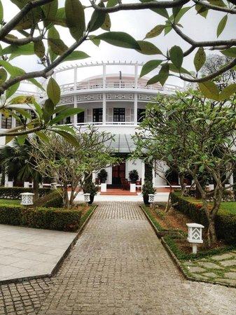 La Residence Hue Hotel & Spa: Facade