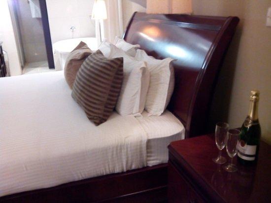 The Arusha Hotel: Habitación