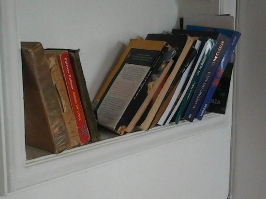 Hostal Casa Moli: Intercambio de libros