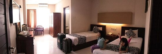 Bakung Sari Resort and Spa : the room