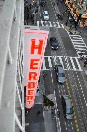 The Herbert Hotel : Signage