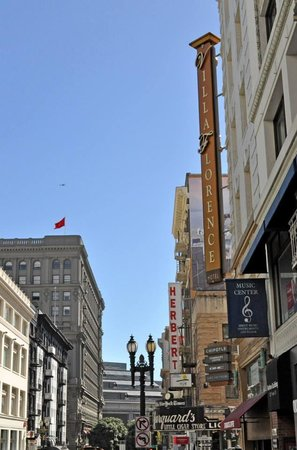 The Herbert Hotel : Powell Street