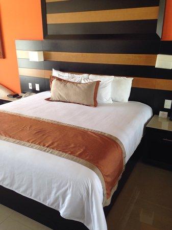 Secrets Huatulco Resort & Spa: Bed