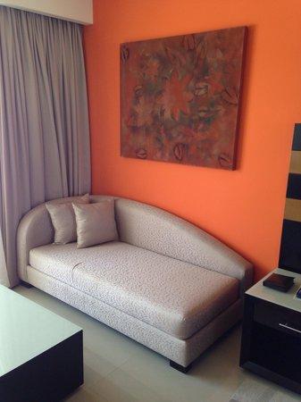 Secrets Huatulco Resort & Spa: Couch