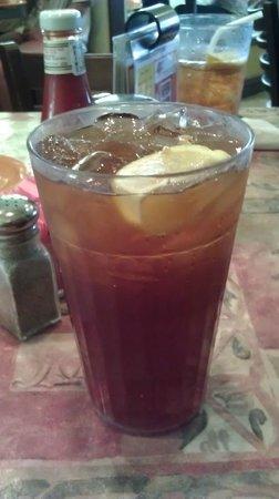Barbara Jean's: Awesome sweet tea