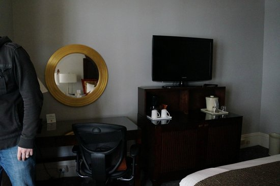 Handlery Union Square Hotel: Room