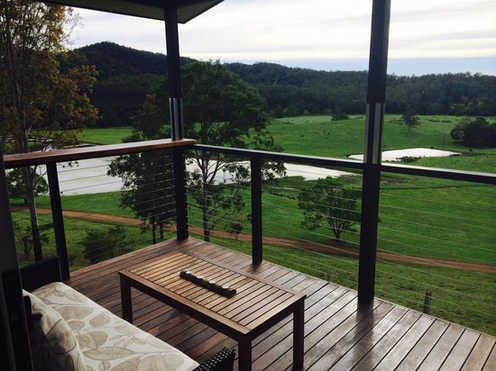 Yabbaloumba Retreat: The best view you could ask for!...