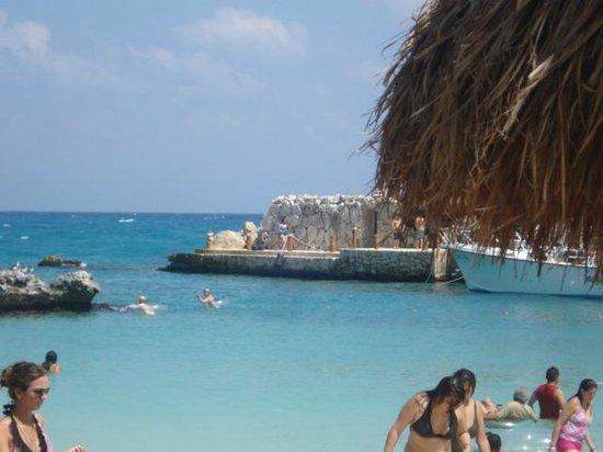 Xcaret Eco Theme Park: Laguna con salida al mar