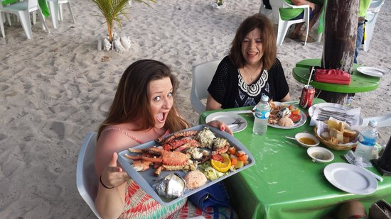 Alberto's Beach Bar Restaurant: The waiter took this picture of me and my dinner that my mom and I shared