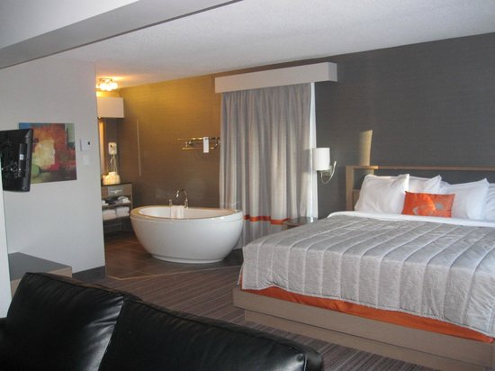 Chambre picture of hotel cofortel quebec city tripadvisor for Chambre hote quebec