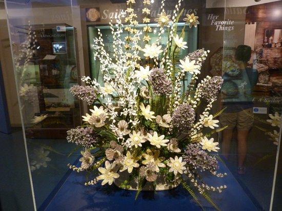 The Bailey-Matthews National Shell Museum: A bouquet of shells!