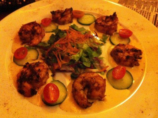 Grill Bar: Grilled prawns . Yummy!!