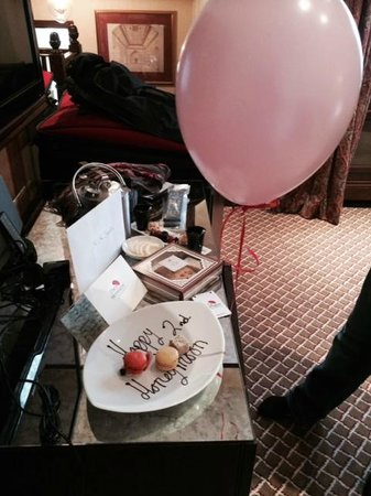 The Montague on The Gardens: Card, Balloon and Sweets from the staff