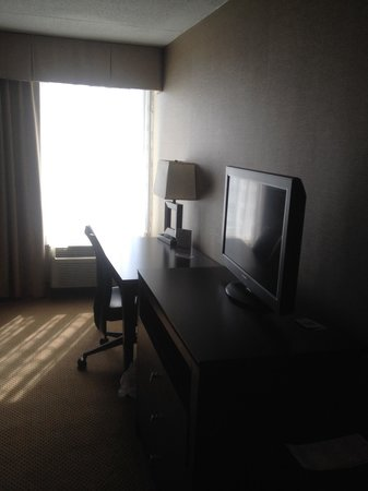 Holiday Inn Express Charleston - Civic Center: 526