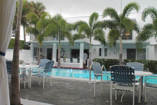 Beachside Village Resort: view from the cabana