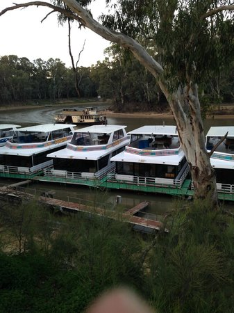 Merool on the Murray : View from front of the cabin