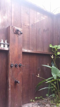 Ti Kaye Resort & Spa: Shower is outdoors