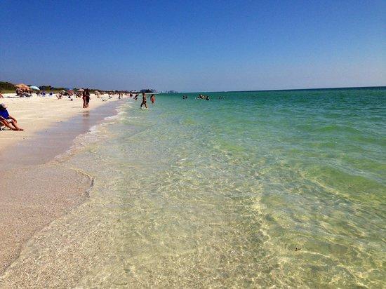 Barefoot Beach Preserve: Very beautiful
