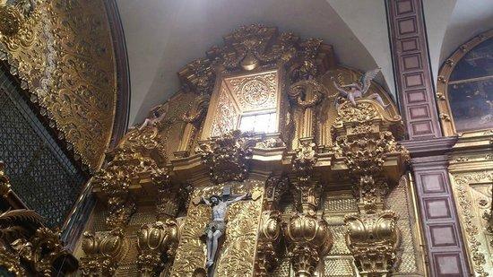 Iglesia de Santa Rosa de Viterbo: Excelente estilo barroco