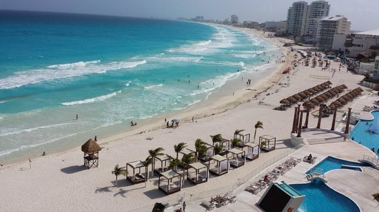 Krystal Cancun: The view from our room- Beautiful!