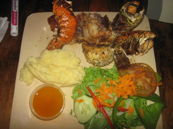 Beachers: 3 grilled lobster taill dinner special
