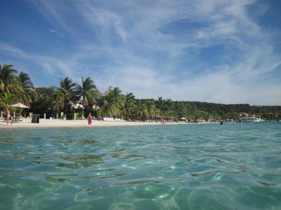 West Bay Beach : beach