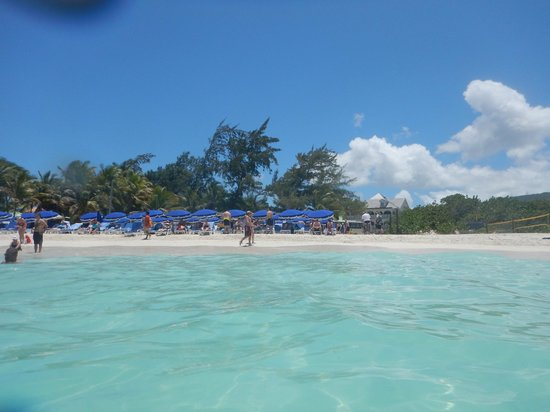 Orient Bay Beach : Looking from the water