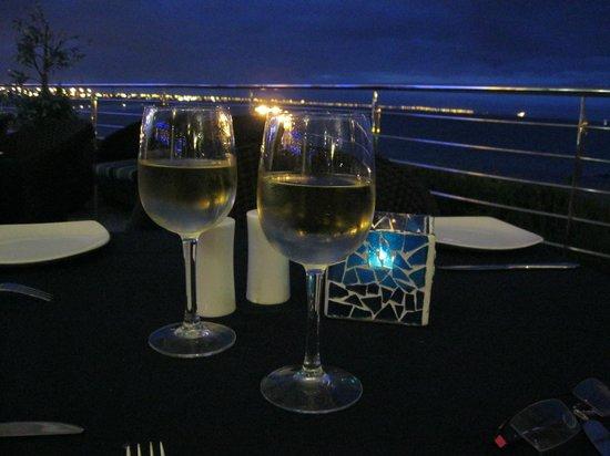 The Coachman Restaurant: Vue sur la baie