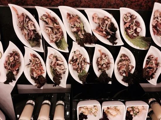 Hotel Riu Palace Riviera Maya: individual seafood salad @ buffett